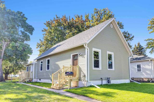 525 Clinton Street, Green Bay, WI 54303 (#50249999) :: Dallaire Realty