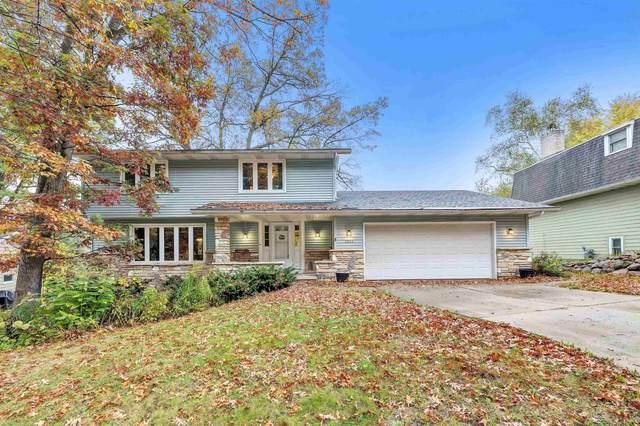 2654 Shag Bark Lane, Green Bay, WI 54313 (#50250058) :: Carolyn Stark Real Estate Team