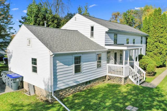 437 E Doty Avenue, Neenah, WI 54956 (#50250064) :: Todd Wiese Homeselling System, Inc.