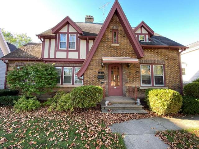 21 N Main Street, Clintonville, WI 54929 (#50250071) :: Dallaire Realty