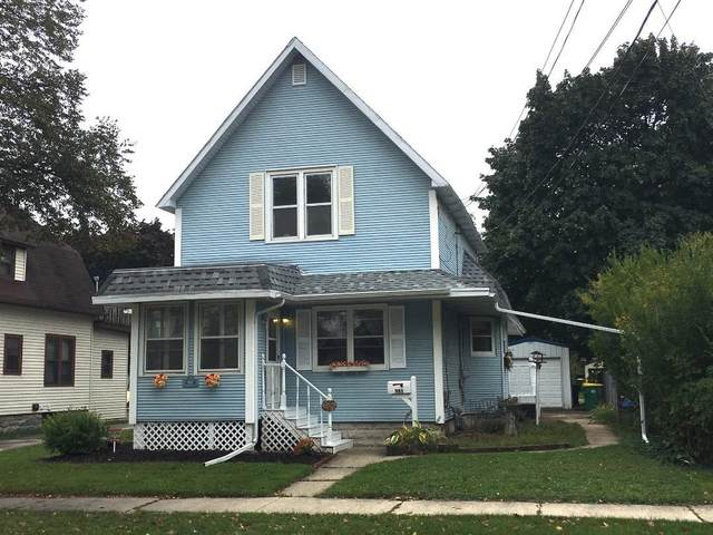 981 Howard Street, Green Bay, WI 54303 (#50250083) :: Todd Wiese Homeselling System, Inc.