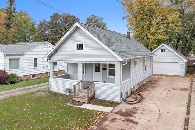 518 Elm Street, Neenah, WI 54956 (#50250091) :: Todd Wiese Homeselling System, Inc.