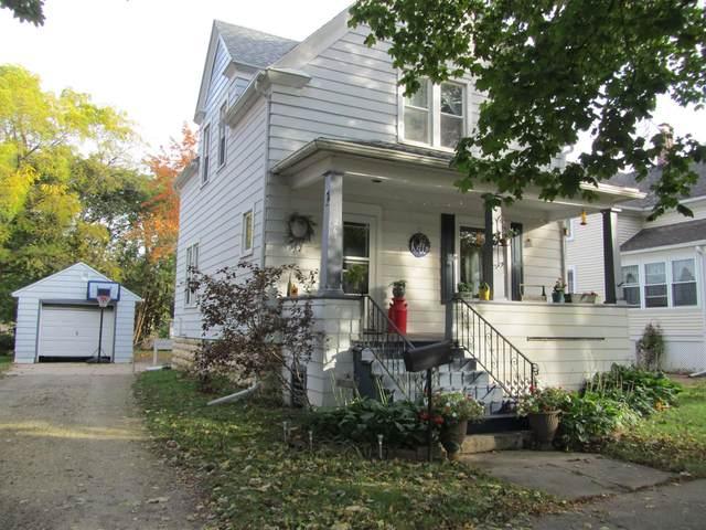 261 E Merrill Avenue, Fond Du Lac, WI 54935 (#50250097) :: Dallaire Realty