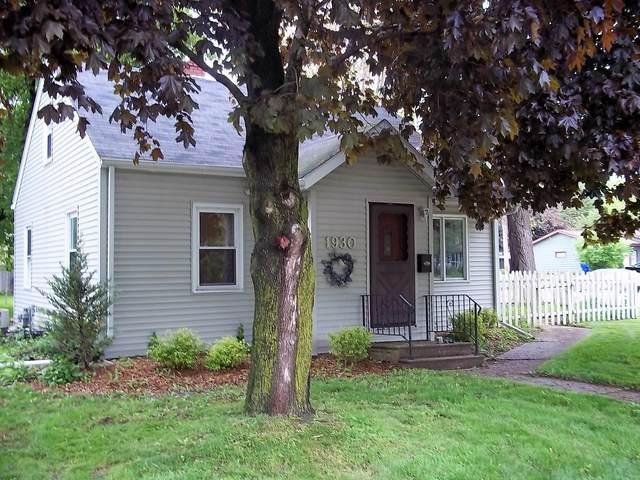 1930 S Kernan Avenue, Appleton, WI 54915 (#50250173) :: Dallaire Realty
