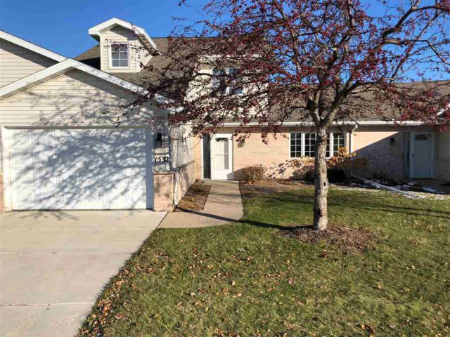 1532 River Pines Drive, Green Bay, WI 54311 (#50194966) :: Todd Wiese Homeselling System, Inc.