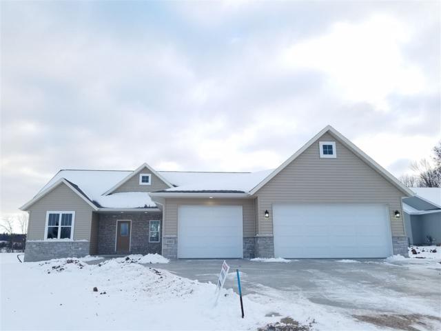 1021 Mill Pond Circle, Weyauwega, WI 54983 (#50195135) :: Todd Wiese Homeselling System, Inc.