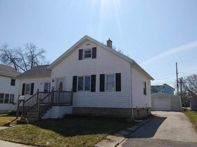 126 5TH Street, Fond Du Lac, WI 54935 (#50213676) :: Todd Wiese Homeselling System, Inc.