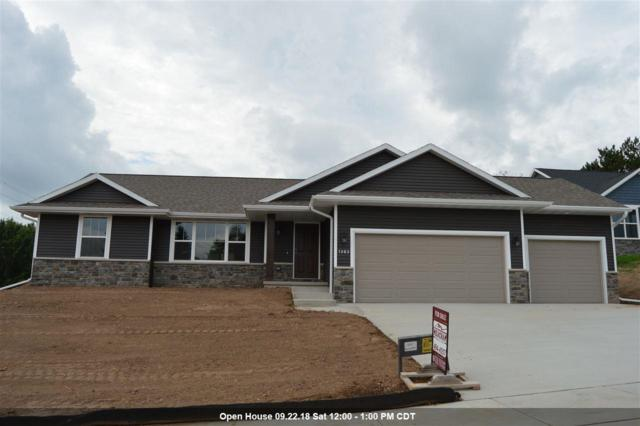 1303 Buckys Run, Green Bay, WI 54313 (#50183809) :: Dallaire Realty