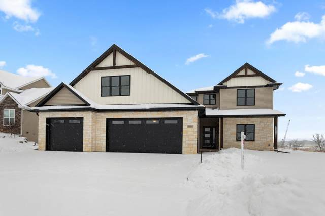 5555 N Haymeadow Avenue, Appleton, WI 54913 (#50211752) :: Todd Wiese Homeselling System, Inc.