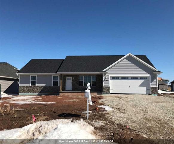 3183 Enchanted Court, Green Bay, WI 54311 (#50195704) :: Todd Wiese Homeselling System, Inc.