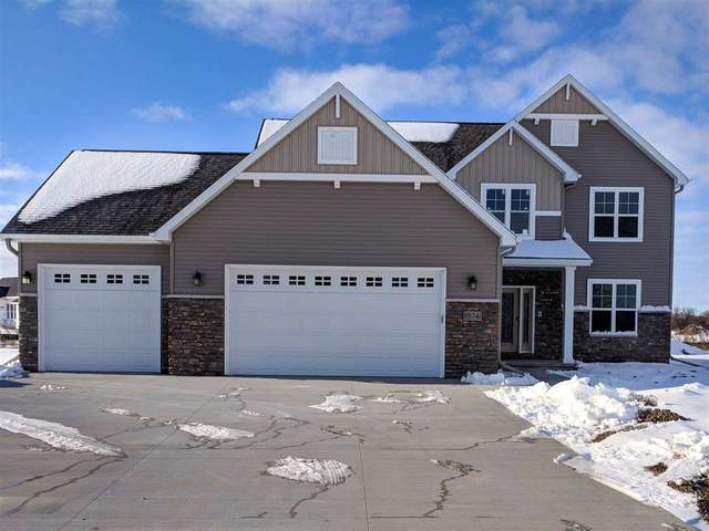 1974 Big Bend Drive, Neenah, WI 54956 (#50195469) :: Todd Wiese Homeselling System, Inc.