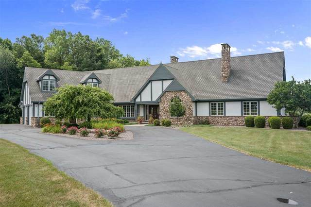 2160 Greenleaf Road, De Pere, WI 54115 (#50199756) :: Todd Wiese Homeselling System, Inc.