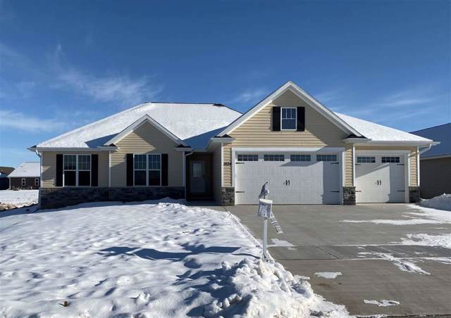 3524 Golden Hill Court, Appleton, WI 54913 (#50206439) :: Dallaire Realty