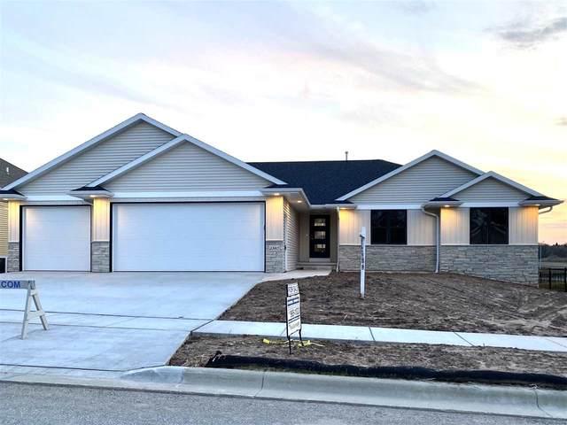 3340 Largo Ridge Drive, Green Bay, WI 54311 (#50203201) :: Todd Wiese Homeselling System, Inc.