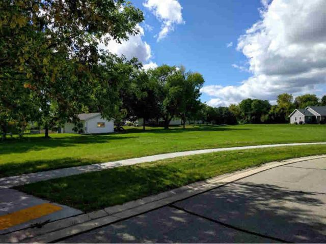 630 Julius Court, Omro, WI 54963 (#50151545) :: Dallaire Realty