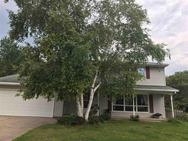 2068 Wildwood Lane, Green Bay, WI 54304 (#50156691) :: Symes Realty, LLC