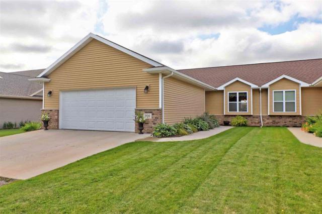 709 Creekview Lane, Appleton, WI 54915 (#50170959) :: Dallaire Realty