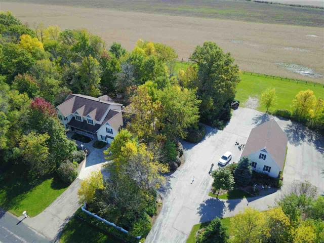 W2841 Brookside Drive, Appleton, WI 54913 (#50172000) :: Dallaire Realty