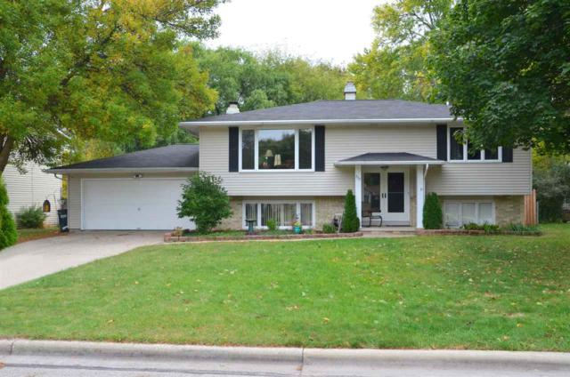 732 Jamestown Court, Green Bay, WI 54301 (#50172883) :: Todd Wiese Homeselling System, Inc.