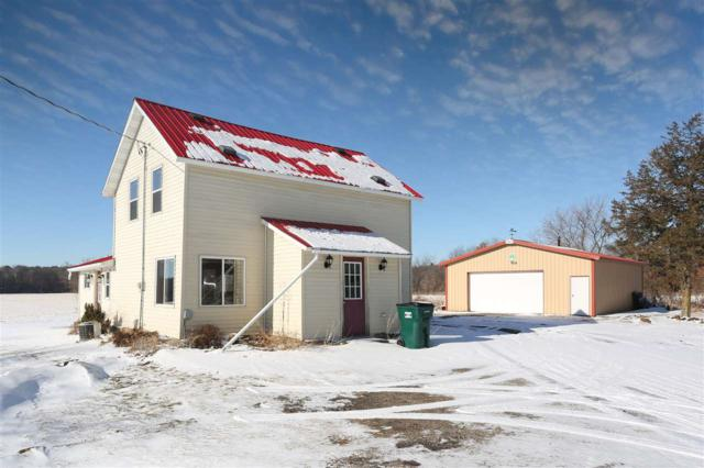 N8923 Hwy G, Iola, WI 54945 (#50173299) :: Dallaire Realty