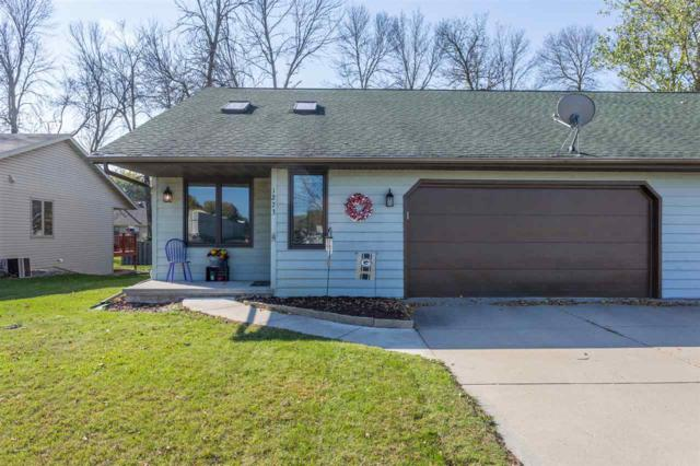 1273 Brookwood Drive, Green Bay, WI 54313 (#50173329) :: Dallaire Realty