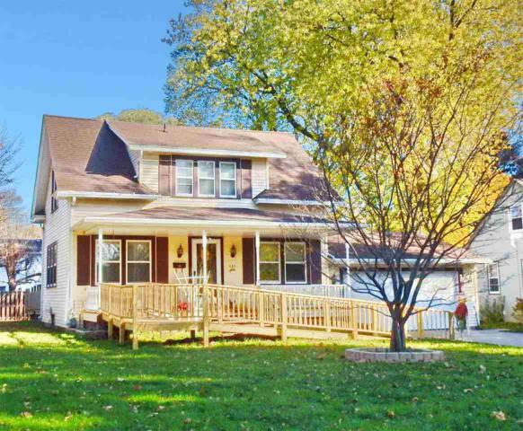 233 Beaupre Street, Green Bay, WI 54301 (#50174436) :: Dallaire Realty