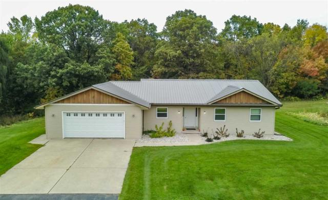400 Laura Court, Wrightstown, WI 54180 (#50174821) :: Dallaire Realty