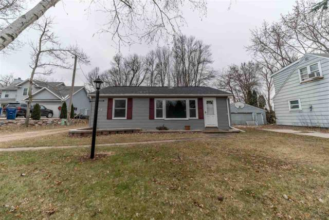 623 Hunters Point Road, Neenah, WI 54956 (#50175487) :: Todd Wiese Homeselling System, Inc.