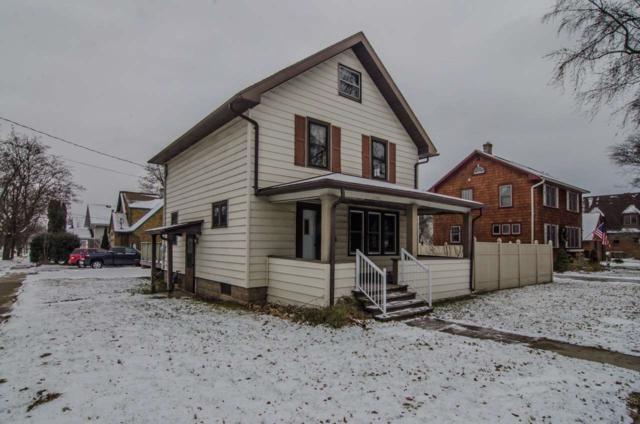1424 N Union Street, Appleton, WI 54911 (#50175553) :: Todd Wiese Homeselling System, Inc.