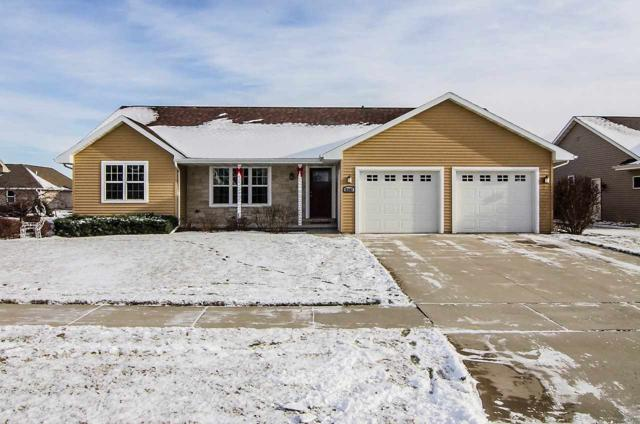 2183 W Melcorn Circle, De Pere, WI 54115 (#50175570) :: Todd Wiese Homeselling System, Inc.