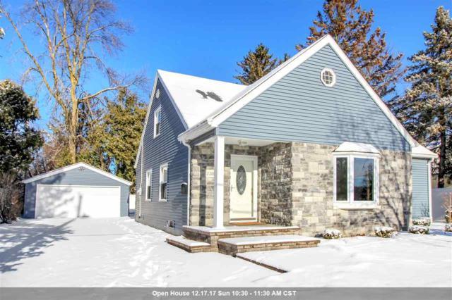 1306 W Cedar Street, Appleton, WI 54914 (#50175592) :: Todd Wiese Homeselling System, Inc.