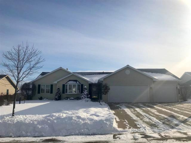124 Kayla Street, Combined Locks, WI 54112 (#50177336) :: Dallaire Realty