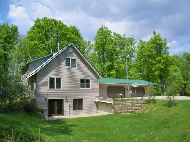 W13343 Old 29 Road, Bowler, WI 54416 (#50177790) :: Symes Realty, LLC