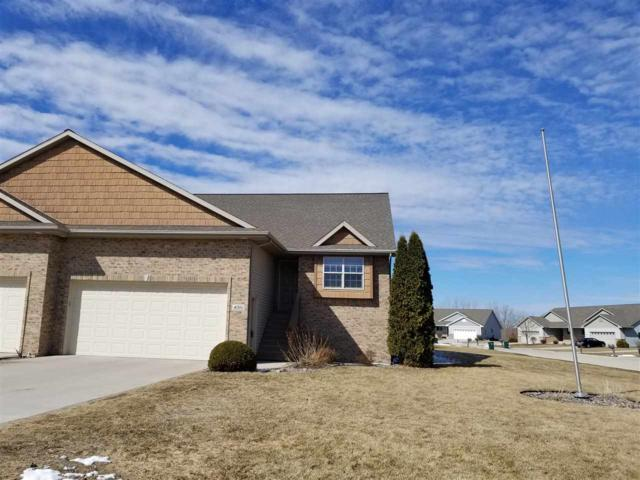 4016 S Parker Way, De Pere, WI 54115 (#50179084) :: Todd Wiese Homeselling System, Inc.