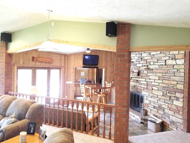 N6494 Lakeshore Drive, Hilbert, WI 54129 (#50180399) :: Todd Wiese Homeselling System, Inc.