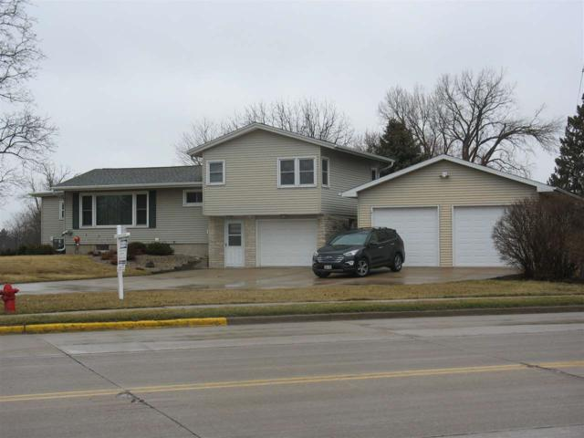 733 E Main Street, Omro, WI 54963 (#50180955) :: Dallaire Realty