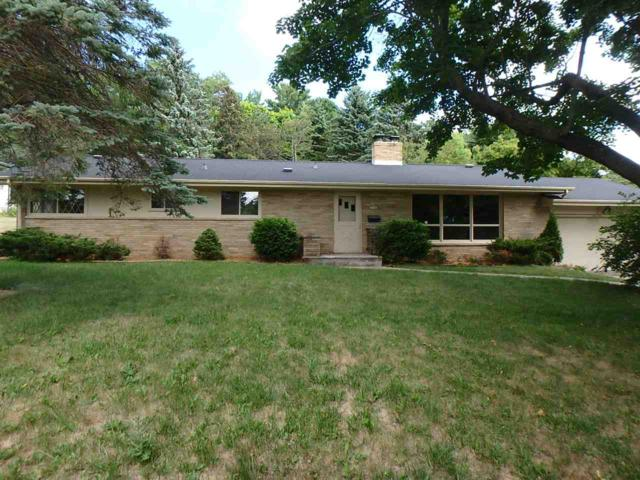 928 Jefferson Place, Sturgeon Bay, WI 54235 (#50183305) :: Todd Wiese Homeselling System, Inc.
