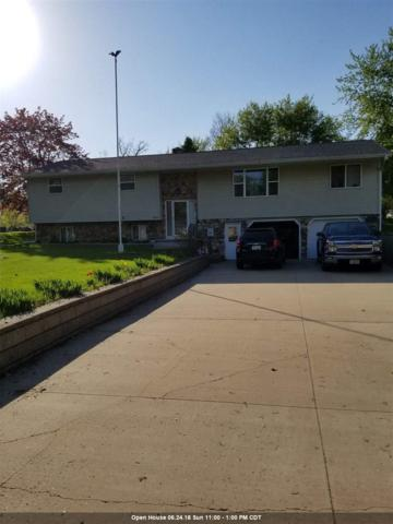 W2005 Vans Court, Freedom, WI 54130 (#50183458) :: Dallaire Realty
