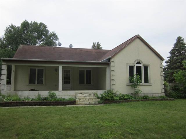 4013 Michigan Avenue, Manitowoc, WI 54220 (#50185019) :: Symes Realty, LLC