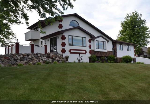 N8146 Evergreen Road, Mount Calvary, WI 53057 (#50185418) :: Symes Realty, LLC