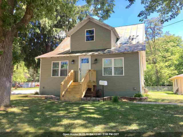 1104 S River Street, Shawano, WI 54166 (#50185534) :: Symes Realty, LLC