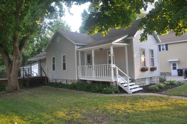1021 W Spencer Street, Appleton, WI 54914 (#50185549) :: Dallaire Realty