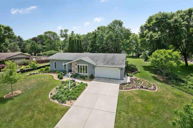2745 Klee Street, Green Bay, WI 54313 (#50185578) :: Dallaire Realty