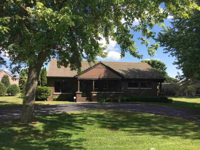 N8415 North Shore Road, Menasha, WI 54952 (#50186264) :: Todd Wiese Homeselling System, Inc.