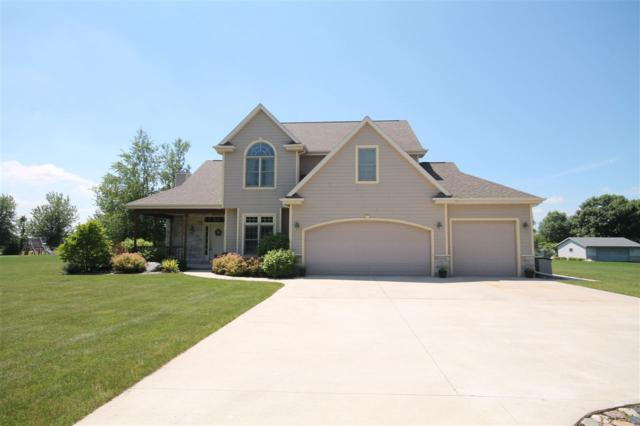 N8182 Highland Drive, Fond Du Lac, WI 54937 (#50186517) :: Todd Wiese Homeselling System, Inc.