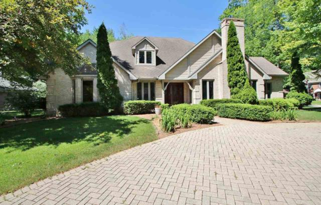 2080 Shady Lane, Green Bay, WI 54313 (#50186521) :: Todd Wiese Homeselling System, Inc.