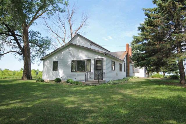 N8136 Silver Creek Road, Ripon, WI 54971 (#50186819) :: Dallaire Realty
