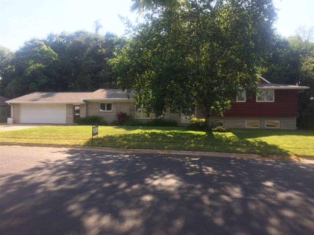407 3RD Street, Luxemburg, WI 54217 (#50187299) :: Todd Wiese Homeselling System, Inc.