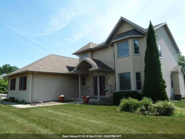 301 Forest View Road, Oshkosh, WI 54904 (#50187394) :: Todd Wiese Homeselling System, Inc.