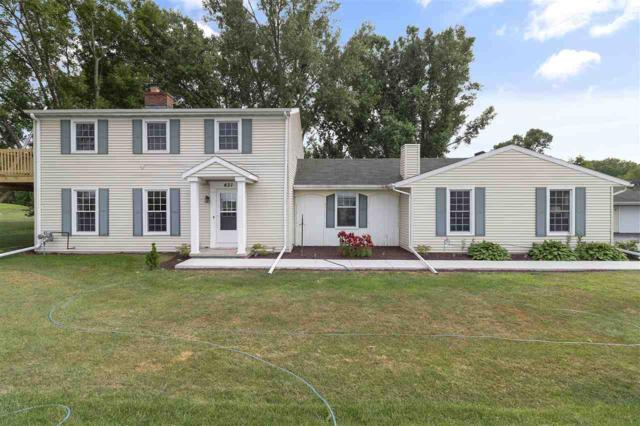 431 W Edgewood Drive, Appleton, WI 54913 (#50187467) :: Todd Wiese Homeselling System, Inc.